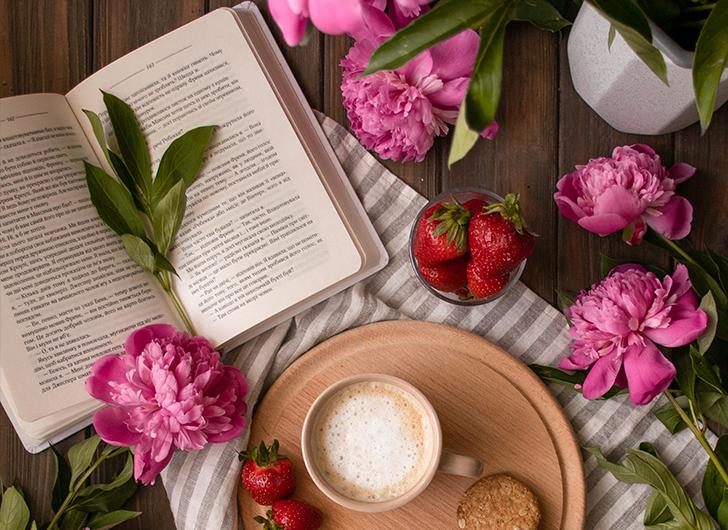 Что читать летом: книги, которые мы долго откладывали